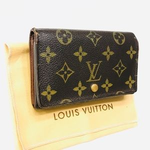 LOUIS VUITTON Monogram Tresor Wallet w dust bag